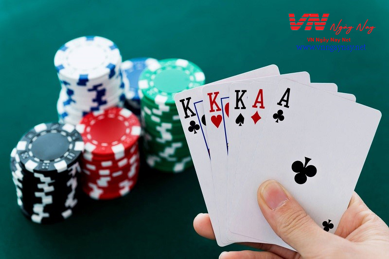 Chơi Poker tại nhà cái AE888